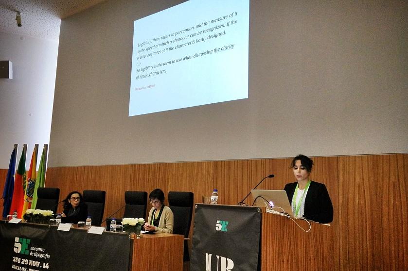 Carolina Ferreira a apresentar o conceito de legibilidade…